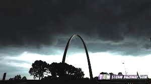 Ominous clouds over St Louis. From stormhighway.com